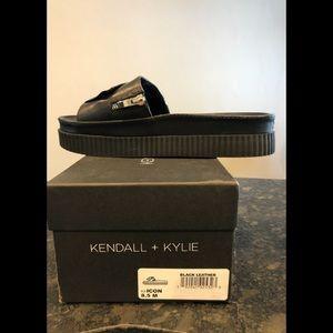 KENDALL + KYLIE Icon Black Slide Wedge